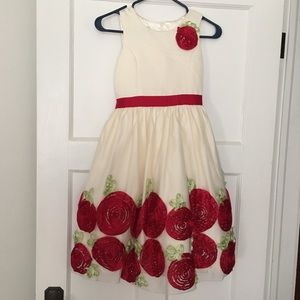 American Princess poofy dress with flowers